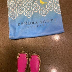 Kendra Scott Jewelry - Kendra Scott Skylar Arrowhead Earrings - Hot Pink